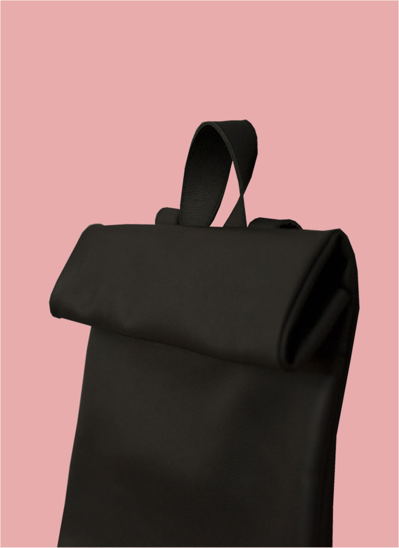 Rollitbag Black Magnet Side