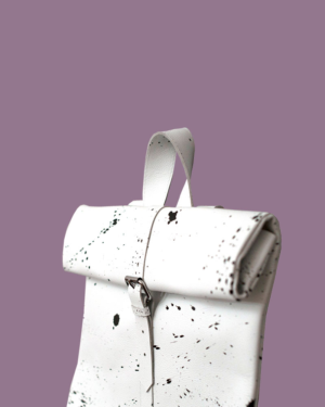 big-rollitbag-white-strap-side-spattered