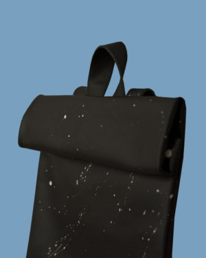 rollitbag-black-magnet-side-spattered